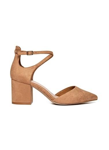 Kalın Topuklu Sivri Burun Ayakkabı-Aldo